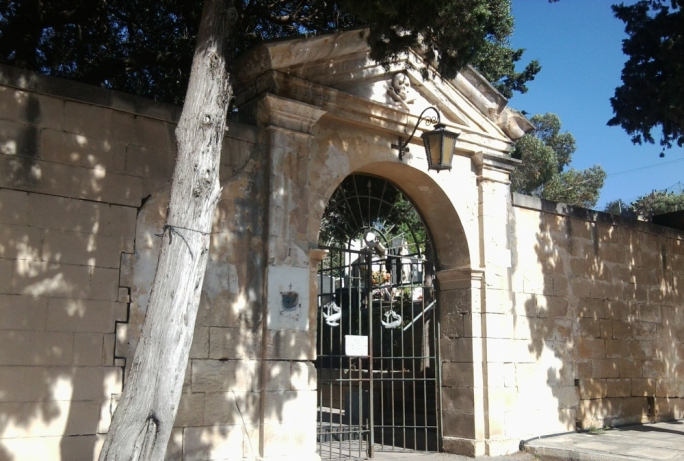 Planning Authority approves nine new graves at Vittoriosa cemetery