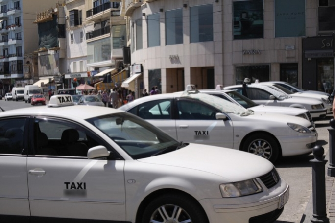 Law changed as taxi driver loses permit over traffic offence