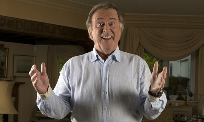 Sir Terry Wogan: Veteran broadcaster dies aged 77