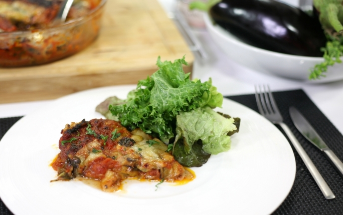 [WATCH] Timbale of aubergines with Fontina cheese and tomato