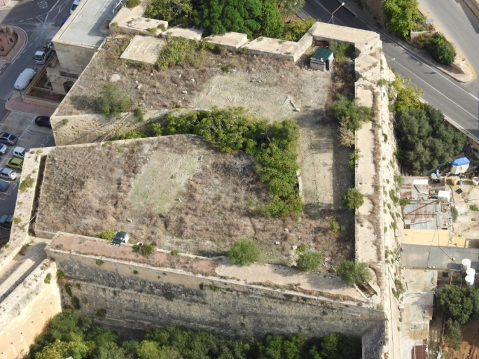 Trapping site on rooftop of Cottonera Lines