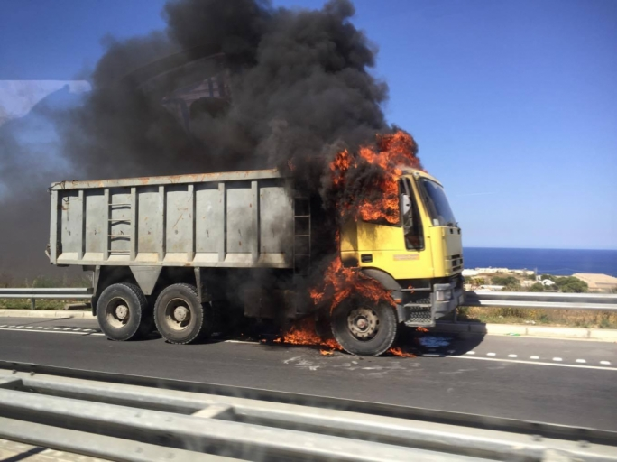 A truck was engulfed by flames as it was driving down the Coast Road this afternoon (Photo: Jahel Muscat)