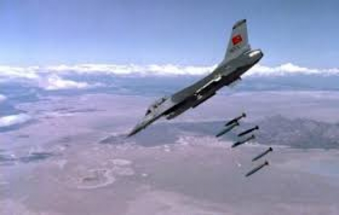 File photo of a Turkish F16 on a bombing run