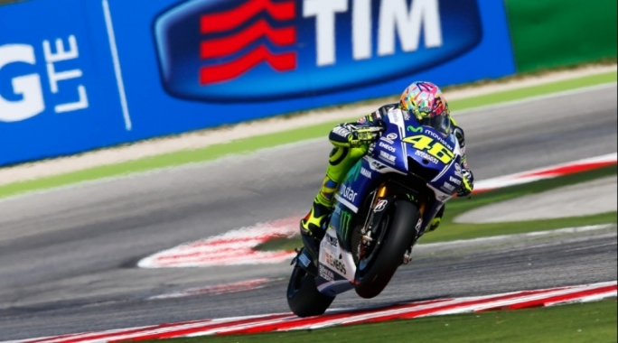 Valentino Rossi wins his first race of the season