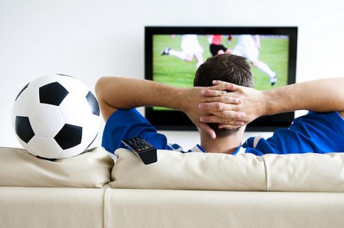 watching match ile ilgili görsel sonucu