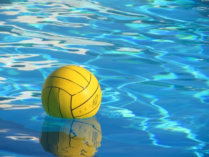 Opposition calls on government to sponsor waterpolo players' full-time training