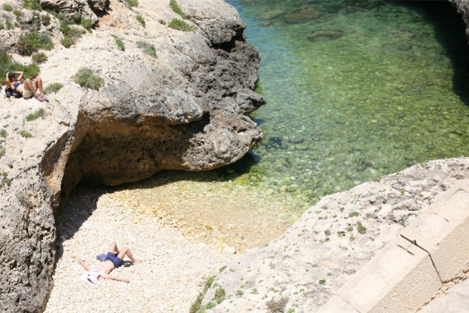 Get a look at some of Gozo's hottest beaches in the June edition of Vida